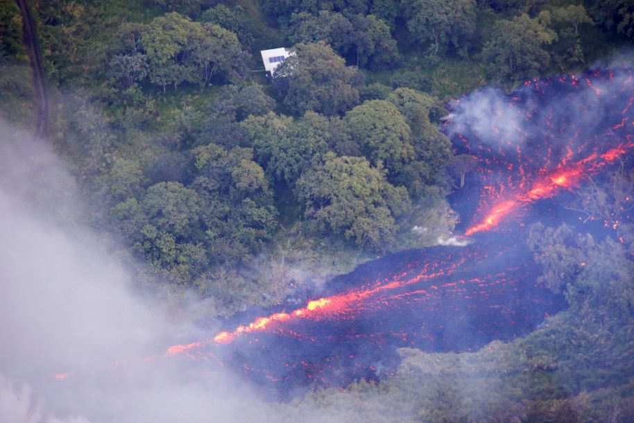 夏威夷火山持续喷发