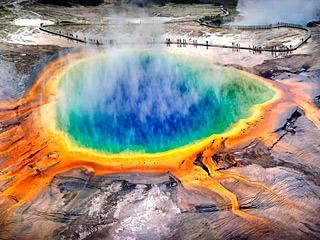 世界最大间歇高温喷泉异动