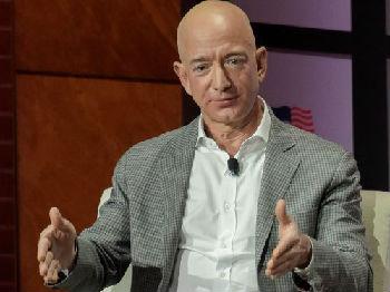 英媒:全球超级富豪新增人数创新高 美国是第一大来源国