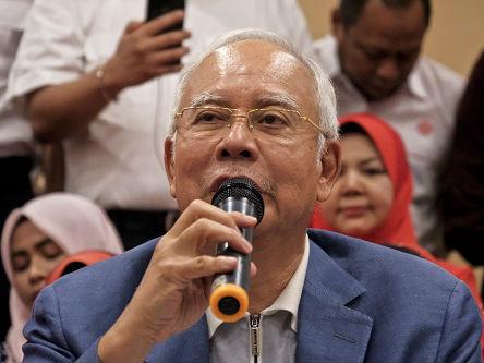 马来西亚警方连夜突击搜查前总理纳吉布住宅