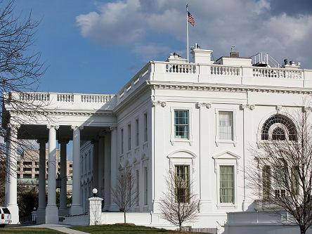 美媒:美国经济增长正步入膏肓 2020年或进入衰退期
