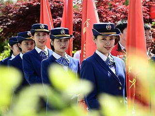 青岛峰会志愿服务上岗仪式