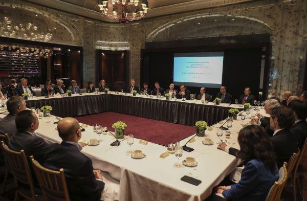 """再谈""""中国威胁"""" 美国会推进立法限制中国投资"""