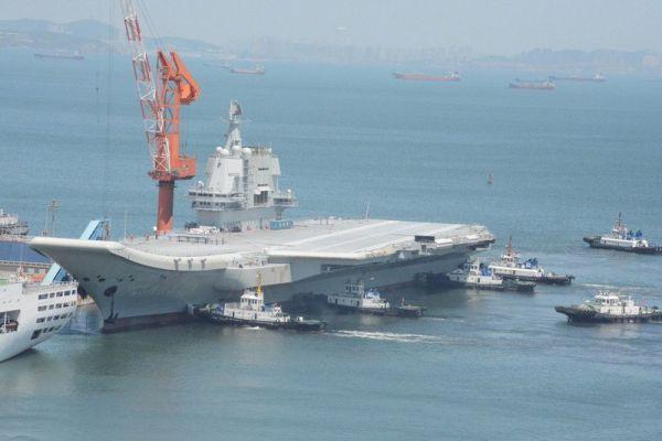 境外媒体关注中国第二艘航母完成初次海试