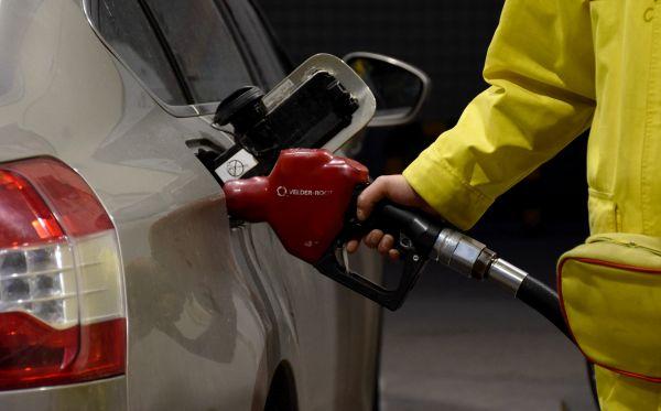 伊核协议风波蔓延 外媒:国际油价或将破百