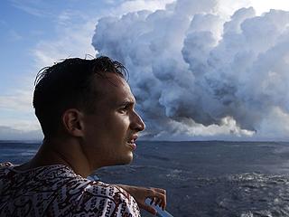有毒!夏威夷火山熔岩入海