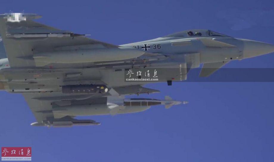 """不怕雾霾!德军""""台风""""配最新铺路炸弹"""