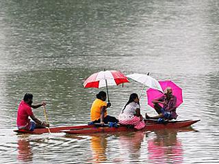 斯里兰卡暴雨导致数人死亡