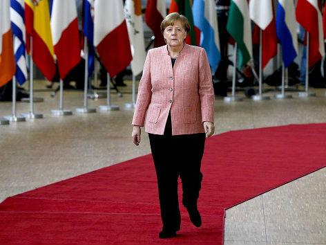 德媒评默克尔访华:应对美国 中德有太多共同话题要讨论