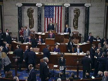 """美国众议院通过国防授权法案 鼓吹""""美台军事往来"""""""