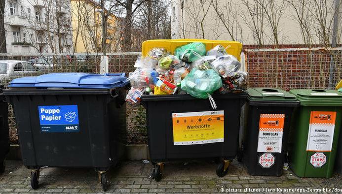 """德媒称中国拒绝""""洋垃圾""""是好事:德废料回收业看到商机"""