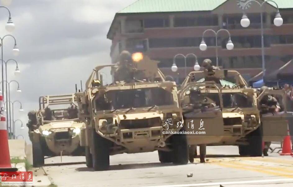 闹市区现战车直升机!美军特战队秀反恐