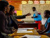 津巴布韦总统宣布7月30日举行大选