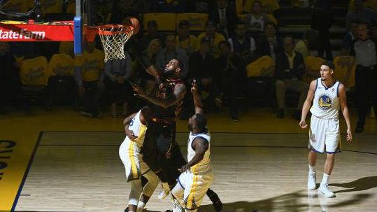 巨星、加时、冲突……NBA总决赛,首战就打出决战味