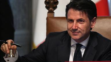 意大利新政府宣誓就职 孔特任总理