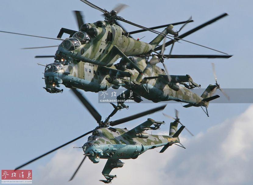 惊艳四座!米28武直与苏27密集编队飞行