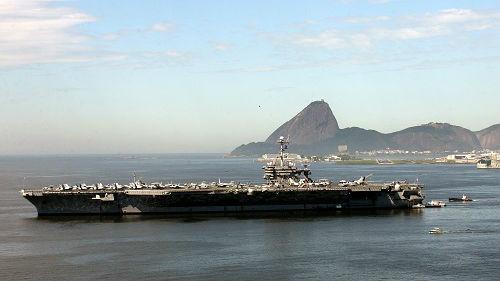 英媒披露:美正考虑派军舰穿越台湾海峡