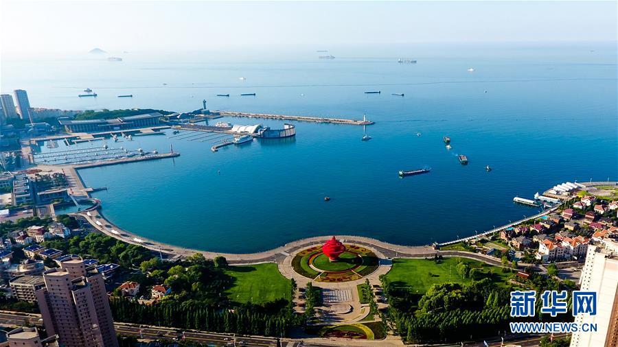 """远航,扬起""""上海精神""""的时代风帆"""