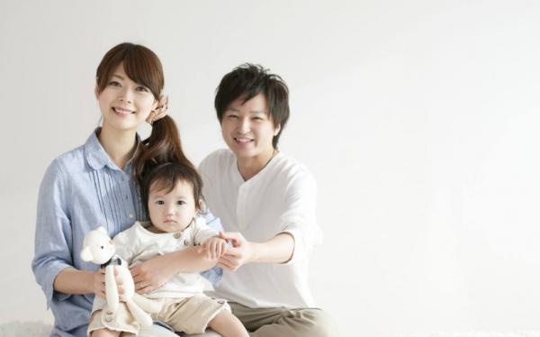 """最好用的时时彩软件app:为应对人口老龄化""""定时炸弹""""_日本准备允许婴儿在公众场合哭闹"""