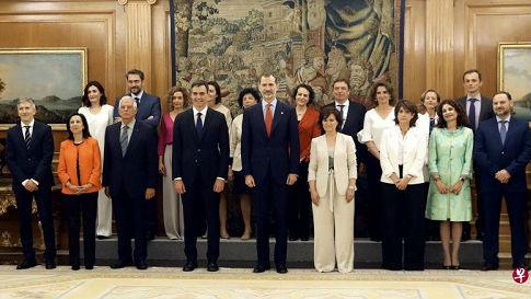 """西班牙新内阁""""阴盛阳衰"""" 女性占比高达61%傲视全球"""