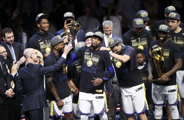 NBA总决赛落幕 勇士横扫骑士成功卫冕