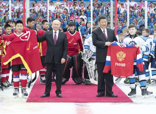 外媒:中俄领导人会面再次展示双边紧密关系