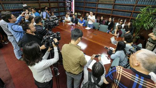 """在美中国留学生遭枪杀 家属不满""""减刑协议""""赴美讨公道"""