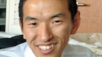 日本男子新干线上勇斗歹徒 受伤倒地后仍起身与凶手搏斗