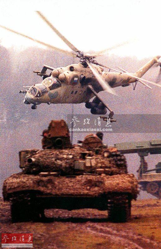 """作为一款已服役了46年的经典武直,米-24""""雌鹿""""系列一直以其独特且威武的外形为军迷们所知。这种由俄罗斯(苏联)米里设计局研发的武直已成为了俄制直升机的代名词之一,参加了自1977年欧加登战争(埃塞俄比亚与索马里交战)以来的数场局部战争,至今仍能在叙利亚、阿富汗等热点地区看到该系列机型活跃的影子。"""