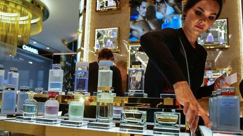 想省钱多退税!俄媒:赴俄中国游客最爱用购物退税机制