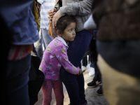"""美墨边境近两千儿童""""被离散"""""""