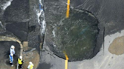 """日媒称大阪地震暴露日本城市""""软肋"""":基础设施老化脆弱"""