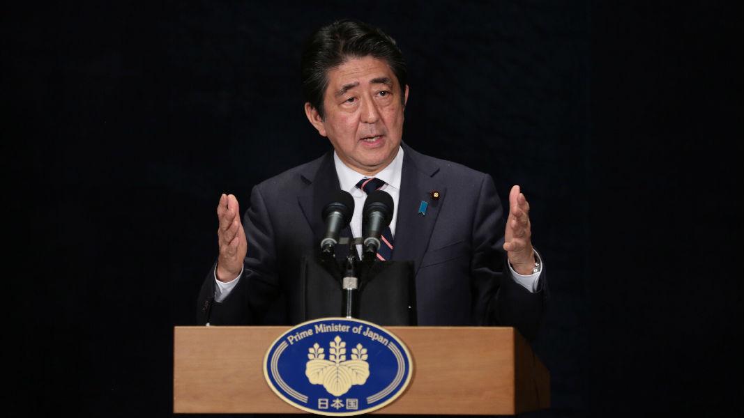 日本在朝鲜问题上陷两难 港媒称安倍不做被骂 做也被骂