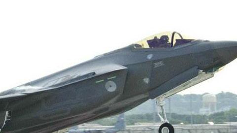 """瞄准中俄先进战机!美升级F-35隐形战机""""大脑"""""""