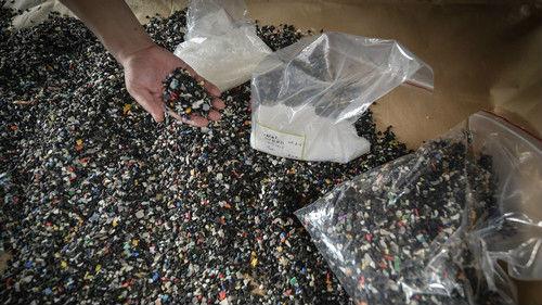 """中国拒收""""洋垃圾""""后 全球将有上亿吨塑料垃圾等待解决"""