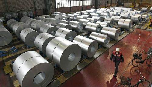 英媒:加征关税令美钢材价格暴涨 美政府尴尬
