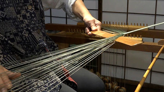 日媒:访日中国游客从爆买走向体验 日本传统工艺受热捧