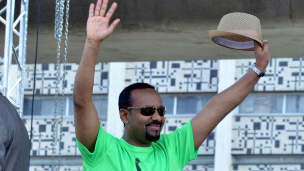 外媒:埃塞俄比亚总理躲过手榴弹袭击