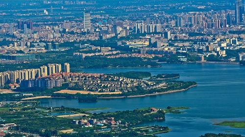 相比美国更爱中国!一名梦想成为中国公民的美国人