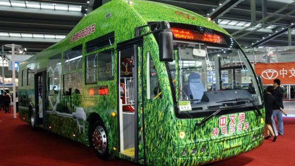 德媒赞中国领跑全球电动公交革命:欧美踟蹰不前