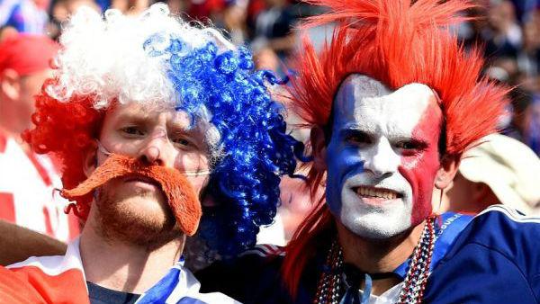 世界杯场外更热闹!FIFA球迷节播撒激情狂欢