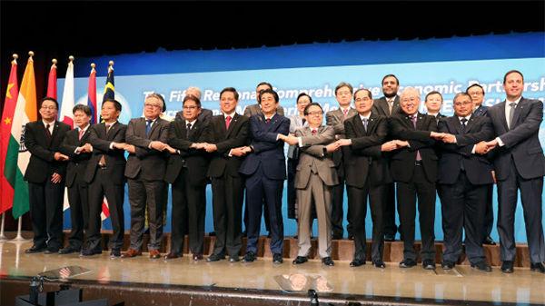 日媒述评:日本欲推中日印东盟自贸区牵制美国