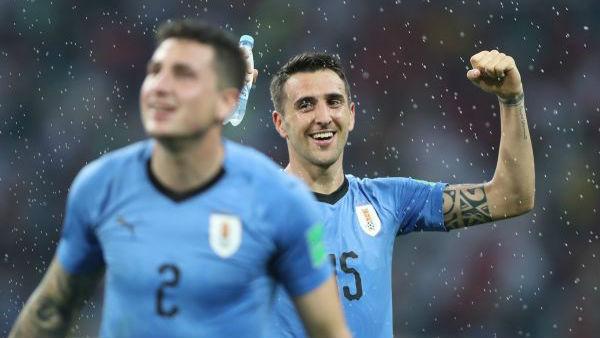 """世界杯花絮:仅获两次世界冠军的乌拉圭为何敢""""绣四星""""?"""