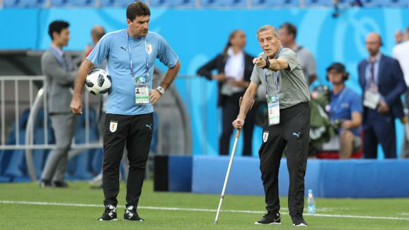 乌拉圭主帅四次率队参加世界杯 身患严重疾病仍坚守