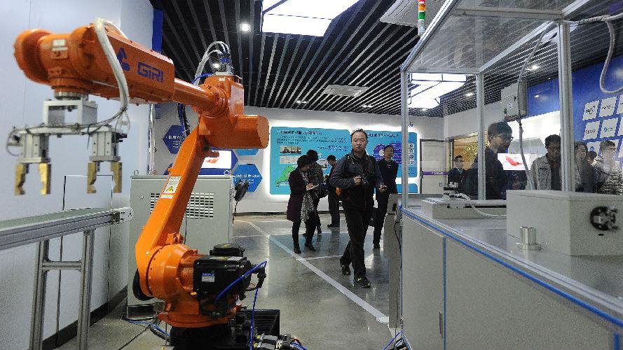 中国科技产业将匹敌美国?美媒:从东莞工厂可找到答案