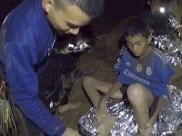 洞穴数日 泰国少年足球队员挺住了