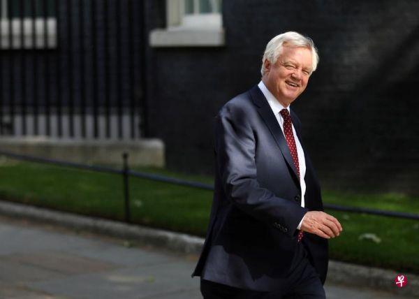 """境外媒体:英国脱欧大臣辞职 因不同意首相""""脱欧""""方案"""
