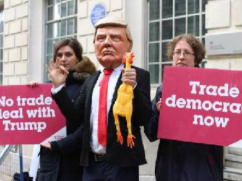 外媒:贸易争端升级或致美经济陷衰退 诸多领域