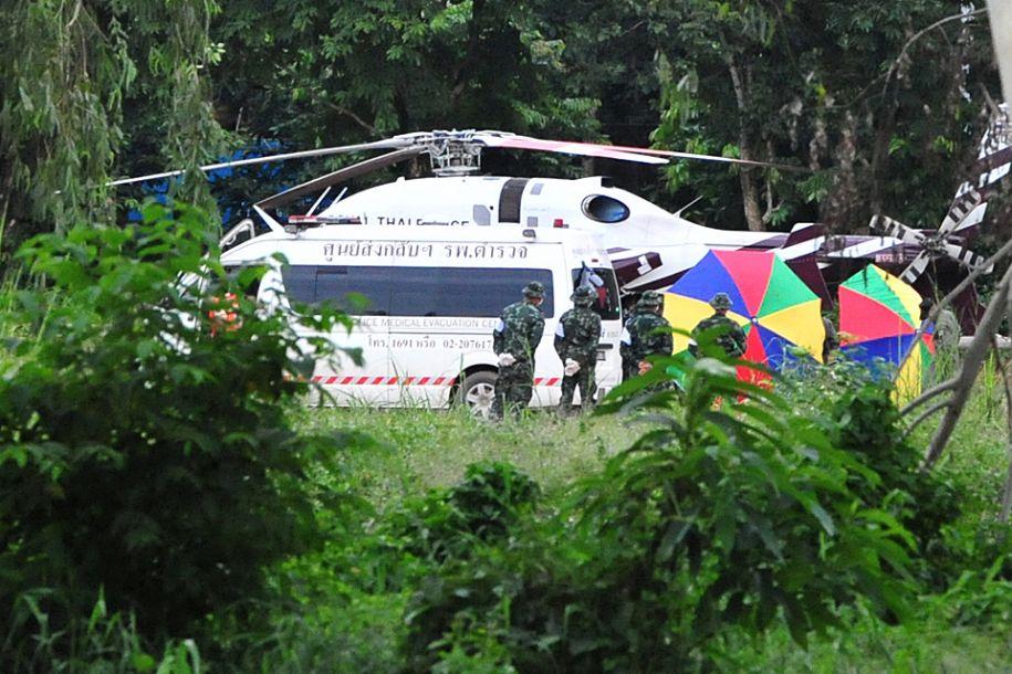 受困18天 泰国足球队全部成员获救
