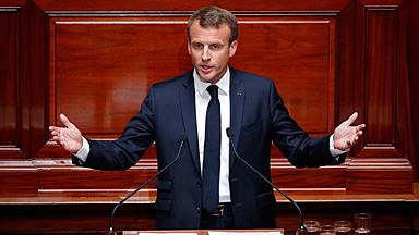 """马克龙表示将把法国建成""""21世纪的福利国家"""""""